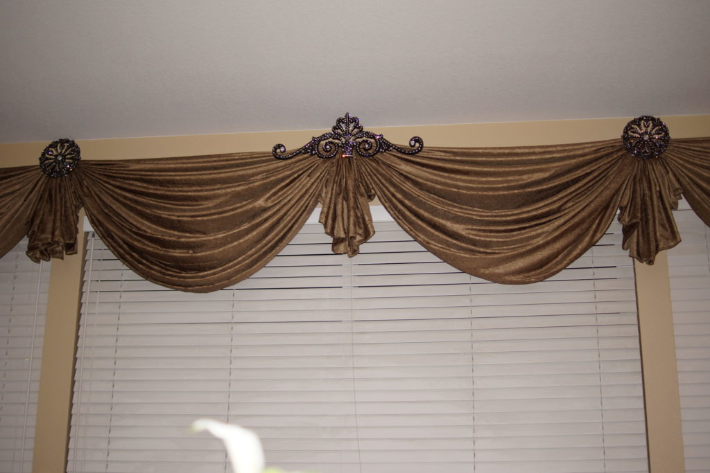 custom curtains blinds, beautiful drapery designs, beautiful curtain designs, beautiful valances
