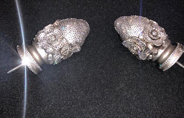 angel-flower-finial-decorative-drapery-hardware
