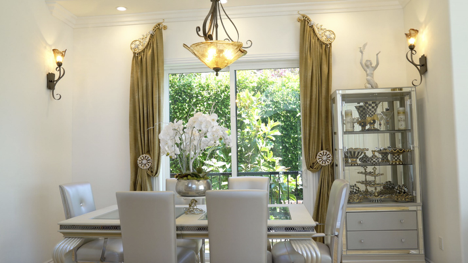 WHICH CURTAIN DESIGN LOOK BEST FOR DIFFERENT ROOMS IN YOUR HOME