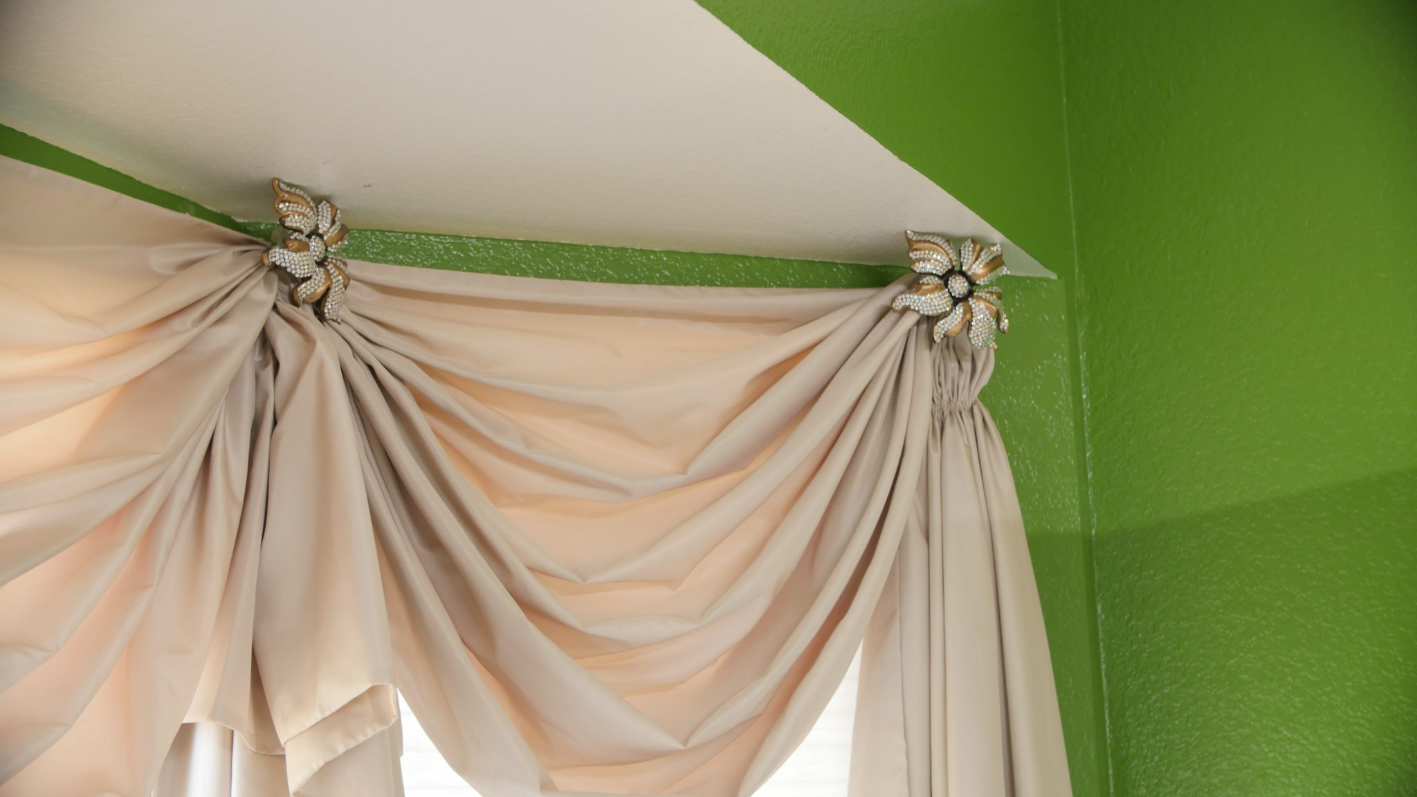 best-curtains-for-sitting-room